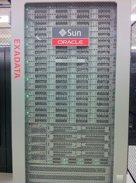 A real Sun Oracle server rack for comparison.